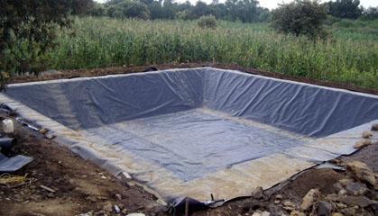 Geomembrana hdpe tecnopl sticos lome for Elaboracion de estanques para piscicultura